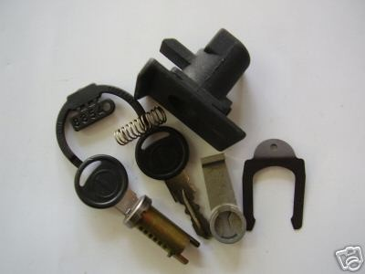 serratura bauletto completa vespa px pe-pk xl