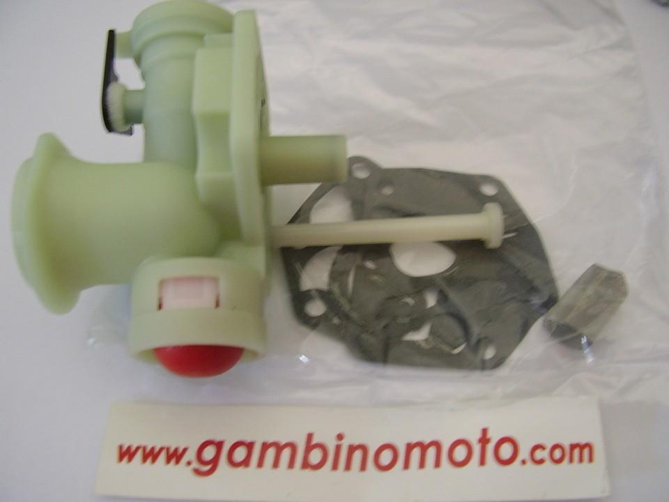 CARBURATORE CON PRIMER MOTORE BRIGGS & STRATTON SPRINT , CLASSIC , QUATTRO ECC RICAMBIO ORIGINALE.