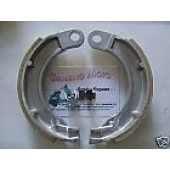 GANASCE FRENO GF0087 POST. VESPA 125 V1T>15T, V30T>33T, VM1T>2T,