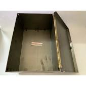 Cassetta porta-attrezzi in lamiera piegata e saldata misure 300x200x150 mm